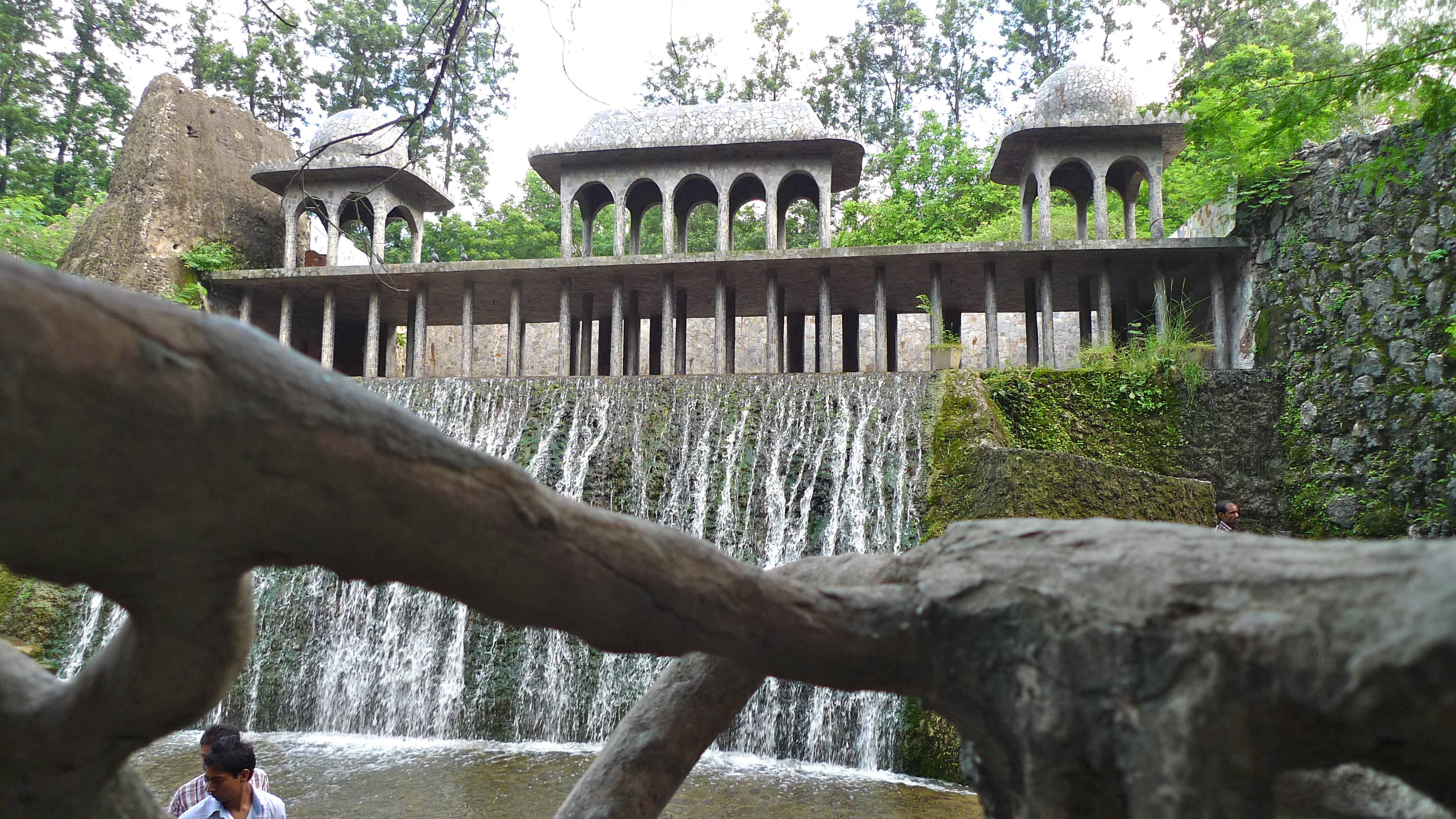 essay on rock garden chandigarh Apart from that the beautiful sukhna lake, the exquisite rose garden - zakir gulab bag, the fascinating rock garden, the sacred temple of the goddess chandi are truly worth a travel to chandigarh people of chandigarh are secular in nature.